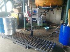 聚氨酯白料黑料自动灌装机